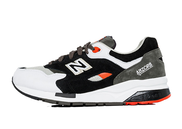... cushioning system that's been a center piece of its success, the 999  has literally had a long run. The 1600 Paper Lights is part of the Elite  Edition ...